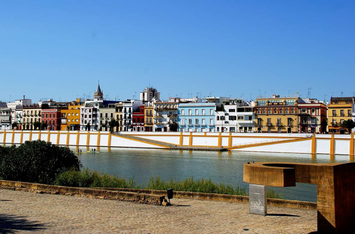 Triana neighborhood free tour